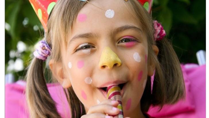 Zuviel Lob in der Kindererziehung kann dem Nachwuchs schaden